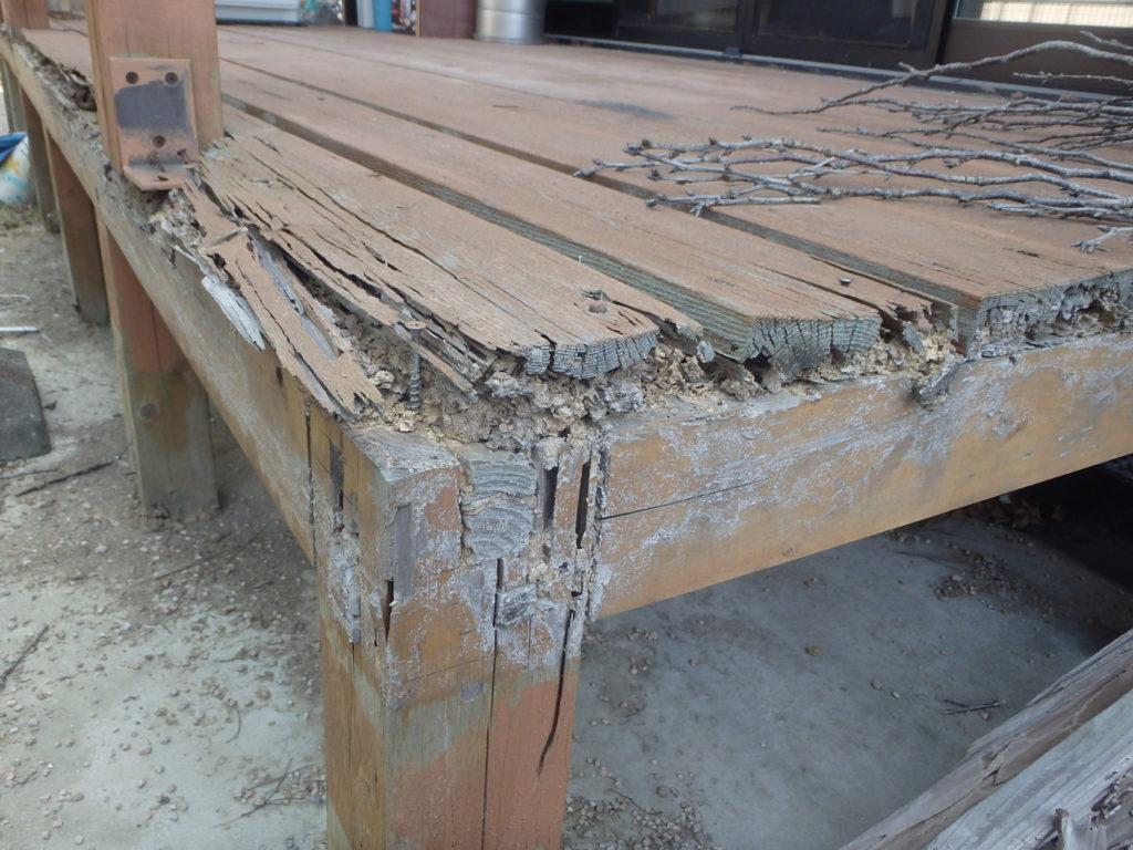 北九州市八幡西区ウッドデッキのシロアリ被害