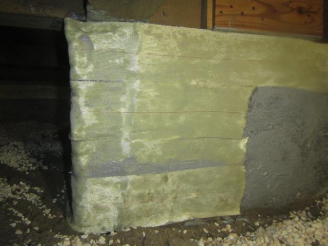 エポキシ樹脂による基礎の補修