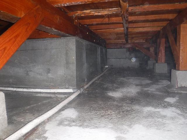 床下への土壌処理 | 北九州市若松区